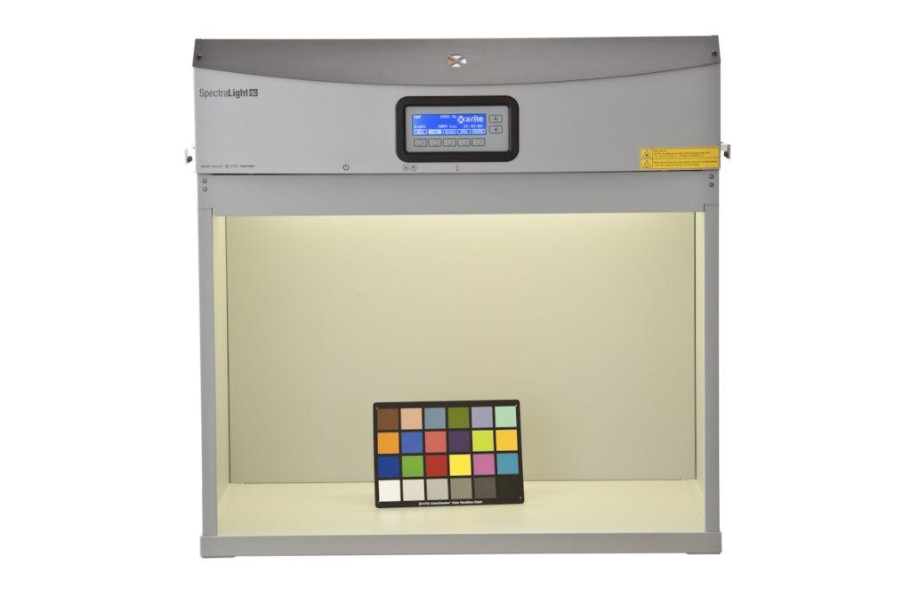 Просмотровая кабина X-Rite SpectraLight QC